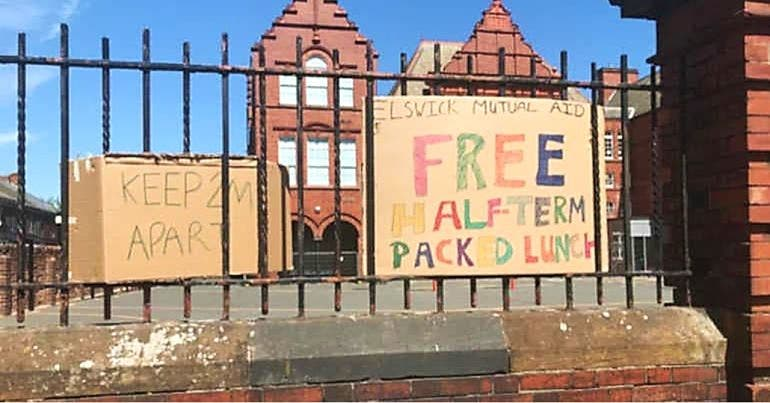 A mutual aid group gives away free packed lunches in Newcastle